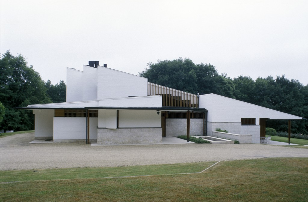 Louis Carré's house by architect Alvar Aalto