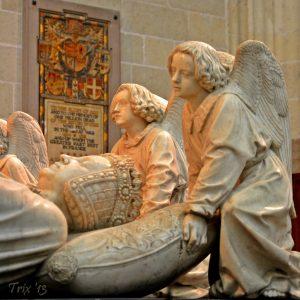 Sculptures funéraires Saint Denis