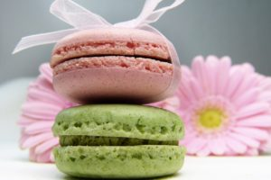 Paris Gourmet & Food tour, pistachio nuts and strawberry macarons