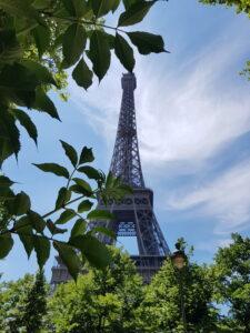 Eiffel torni yksityisoppaan johdolla