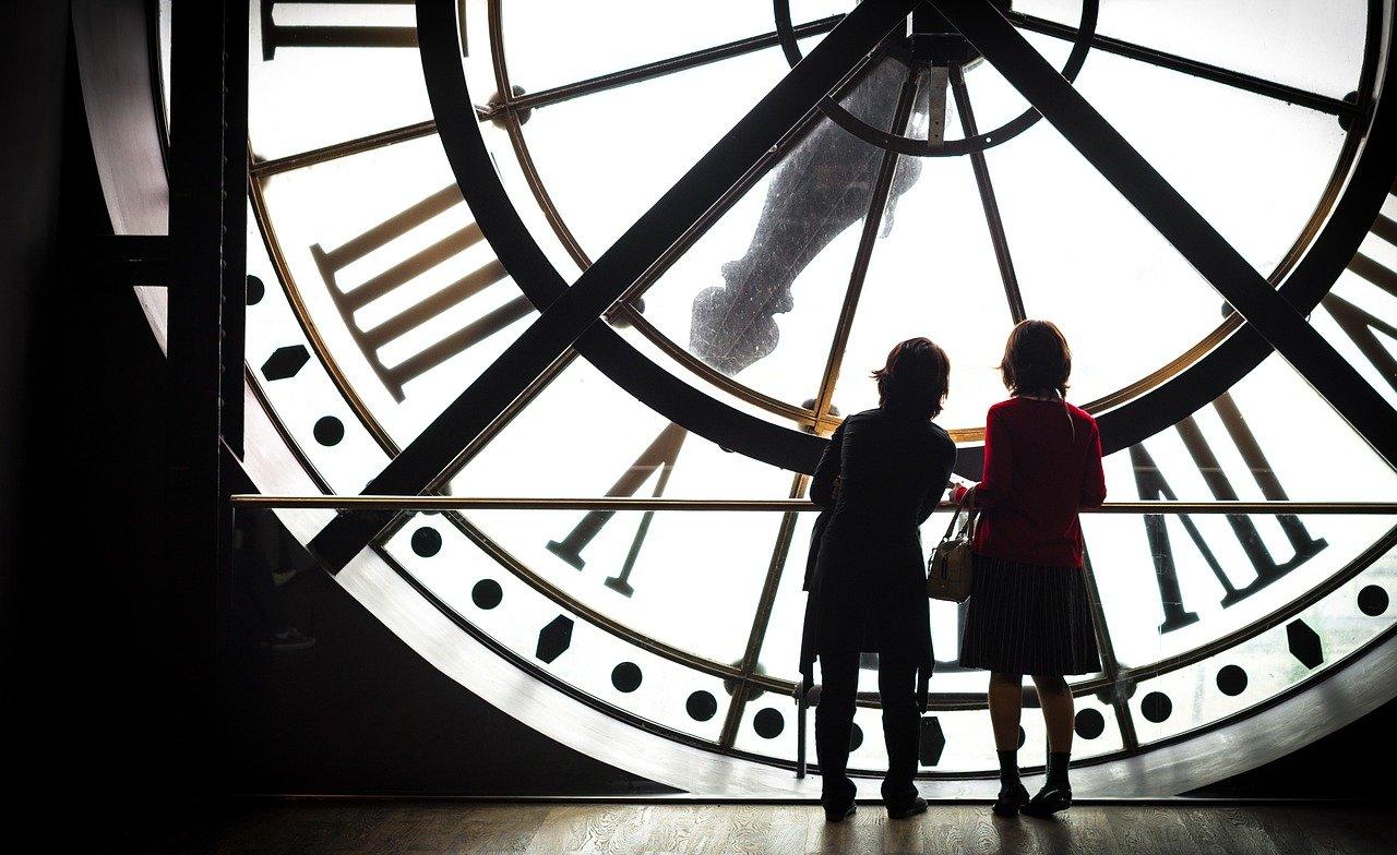 Sur les pas des Impressionnistes au Musée d'Orsay, la pendule de l'ancienne gare